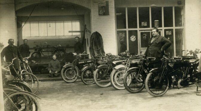 Expo sur les 100 ans de la moto Saroléa à Namur