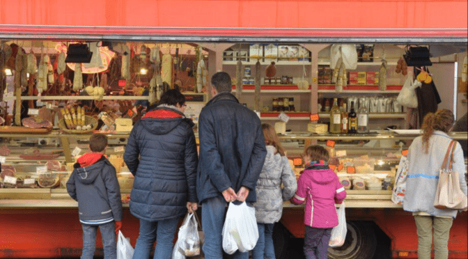 Faire son marché à Namur: c'est encore possible, mais «rapide et efficace»